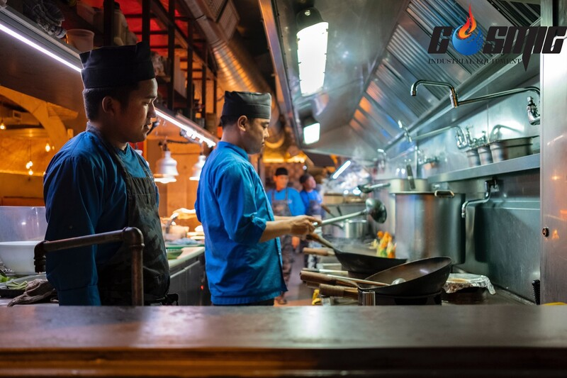 Các thiết bị bếp nhà hàng khách sạn hiện đại cố gắng đạt được độ hài hòa, tận dụng không gian bếp và tối đa hoạt động