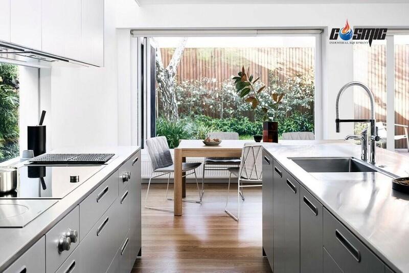 Đặt tủ ở những vị trí thông thoáng trong gian bếp để duy trì độ bền và tuổi thọ sản phẩm
