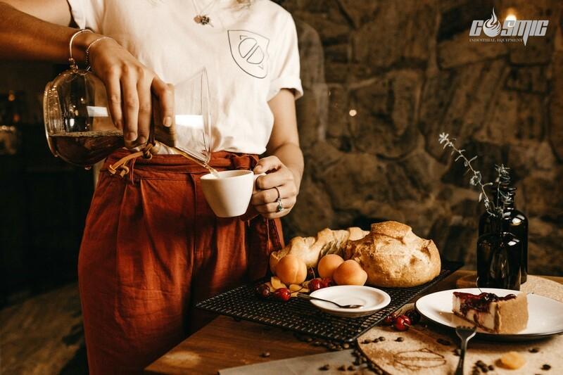 Dòng sản phẩm Contact Grill của Roller Grill chuyên hỗ trợ để nấu thức ăn nhanh, các loại bánh, hay các món ăn nhẹ cho những buổi tiệc trà