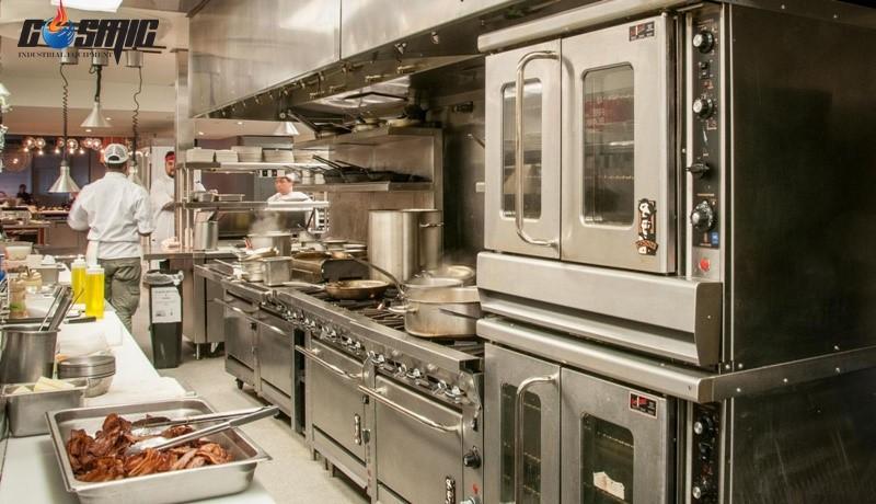 Không nên đặt lò hấp nướng đa năng Unox trong không gian bếp chật hẹp