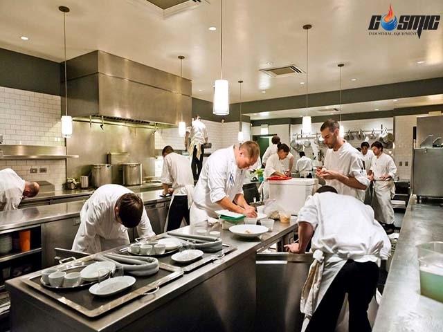 Tăng thêm tính thẩm mỹ cho phòng bếp, quầy trưng bày với bàn mát Salad Berjaya 2 cánh 1800 BS2D/SSCF6/Z