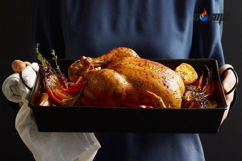 Thức ăn chế biến bởi lò nướng đối lưu thường chín nhanh và mang màu sắc đẹp mắt