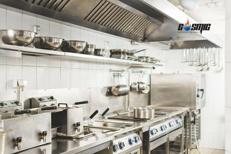 Tủ đông 4 cánh Lassele LF-1381PC phù hợp với những gian bếp quy mô lớn