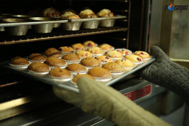 Lò nướng dung tích lớn giúp nhà hàng khách sạn tối ưu được thời gian chế biến và phục vụ các món bánh