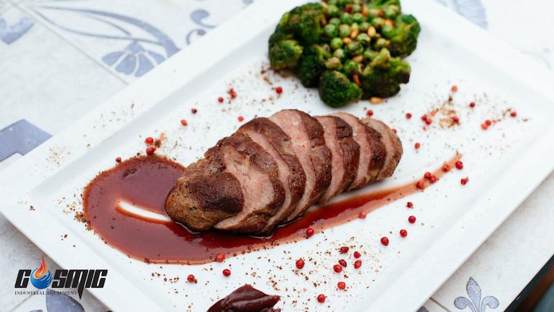 steak-duoc-nau-bang-phuong-phap-sous-vide-se-ngon-va-bat-mat-hon